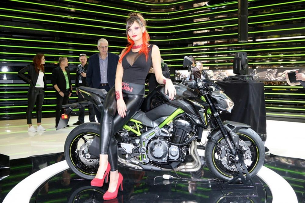 去年於米蘭車展首度發表的KAWASAKI Z900。
