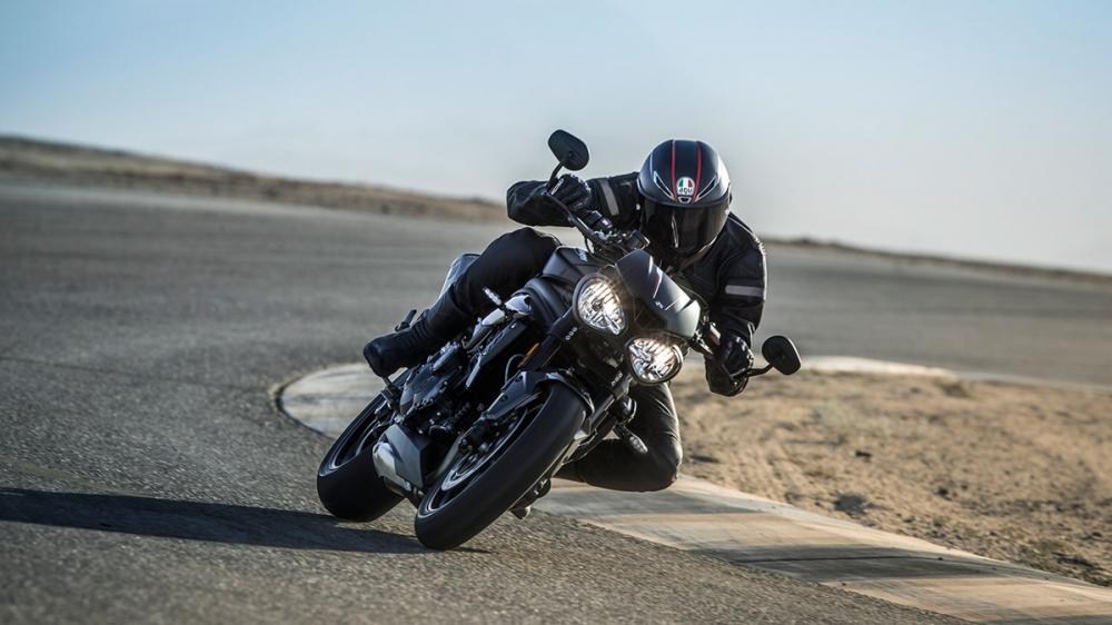 2018年式Speed Triple比起前代提升10ps最大馬力,擁有更強悍的性能表現。