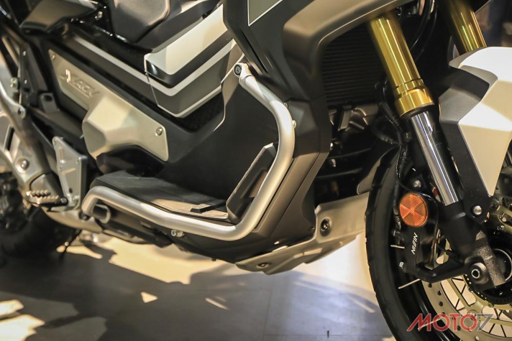 原廠同樣提供車身保桿能夠選購,也能夠再安裝原廠霧燈在保桿上。
