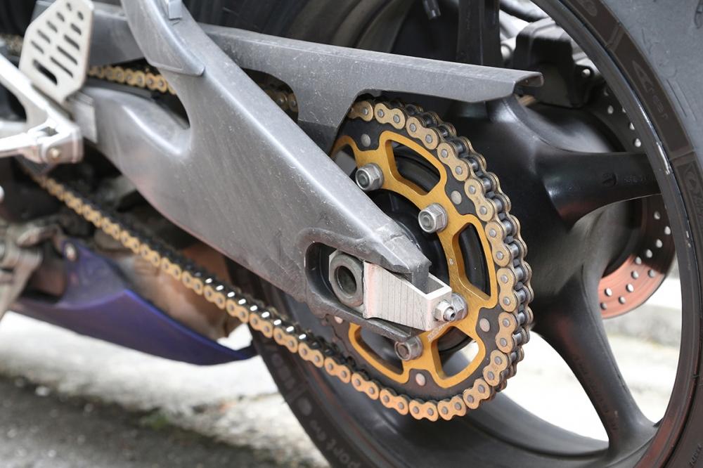 鏈條傳動的車款則需要將齒盤消耗算入耗材的花費。