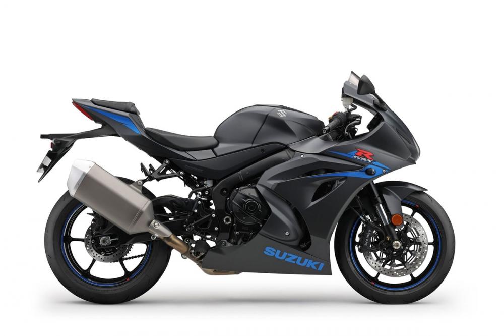 標準版的黑色是唯一沒有SUZUKI字樣及藍色輪框的塗裝。