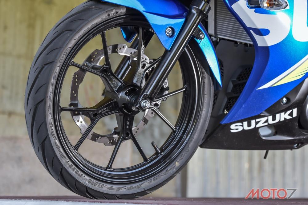 輕量化輪框設計,讓GSX-R150與GSX-S150擁有優秀的簧下重量表現。