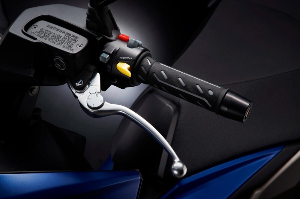 煞車拉桿為可調型式,能依據騎士喜好進行調整。