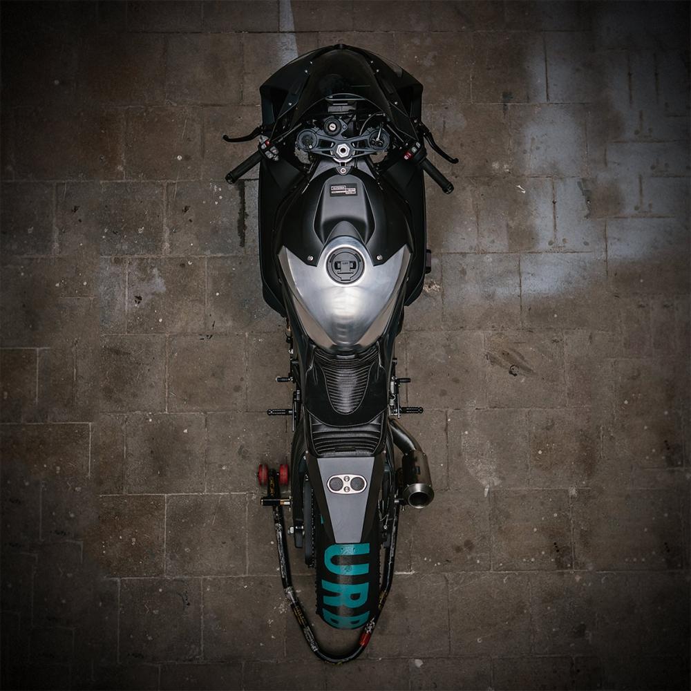 渦輪上身:BMW S1000RR TURBO 上看300匹