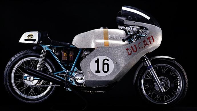 DUCATI 750 Imola。