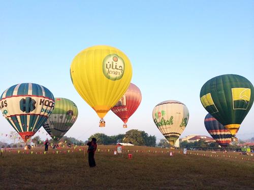熱氣球繫留暨造型熱氣球展示