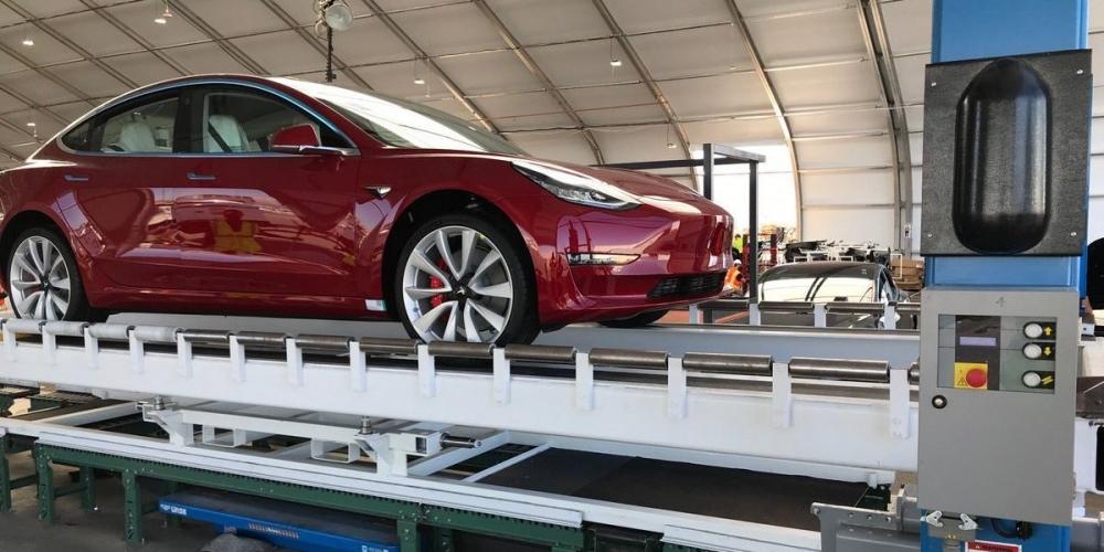 Tesla上週已經量產約6,800輛汽車,其中包Model 3約4,800輛。 (圖片來源:https://electrek.co/2018/08/16/tesla-model-3-production-8000-units-analyst-fremont-factory-visit/)