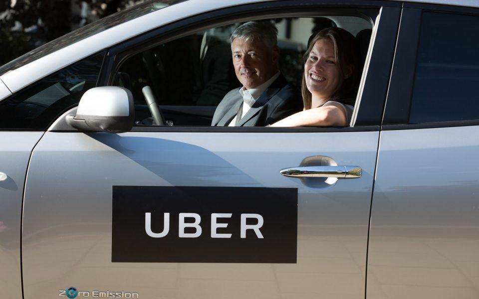 每輛電動車最多補貼上限為20美元,Uber也計劃在多處設置電動汽車充電站,盡快擴充快速充電的基礎設施。(圖片來源: http://www.cityam.com/261869/uber-expanding-its-electric-car-plans-london-tackle-air)