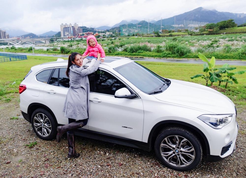 詹乃蓁為母則強,現在已經能載女兒在台北市區的車陣中穿梭自如。