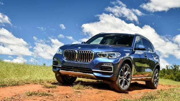 全新世代BMW X5重新定義「X」車系設計語彙,也將開拓豪華運動休旅的嶄新格局(圖片來源http://overdrive.in/reviews/2019-bmw-x5-first-drive-review/)