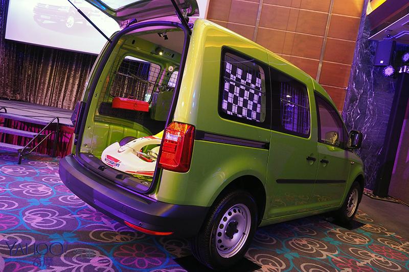 飛機撞擊測試認證!VW福斯商旅Caddy Van 64.8萬起、加長型73.6萬起!
