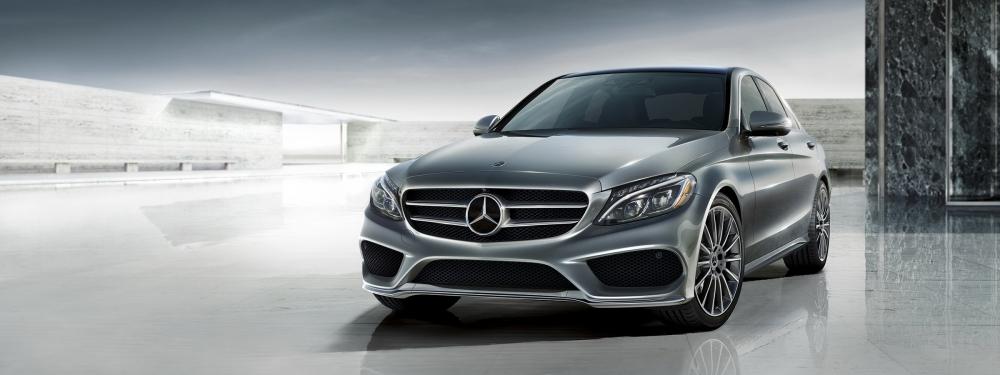 本月進口豪華轎車榜,前2強由Mercedes-Benz C&E-Class包辦,證明這兩款車在台灣一直有不錯買氣(圖片來源: https://www.mercedes-benz.ca/en/vehicles/class/c-class/sedan)