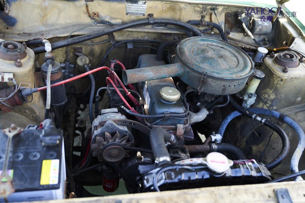 A12引擎採直式安裝為後輪傳動的車種