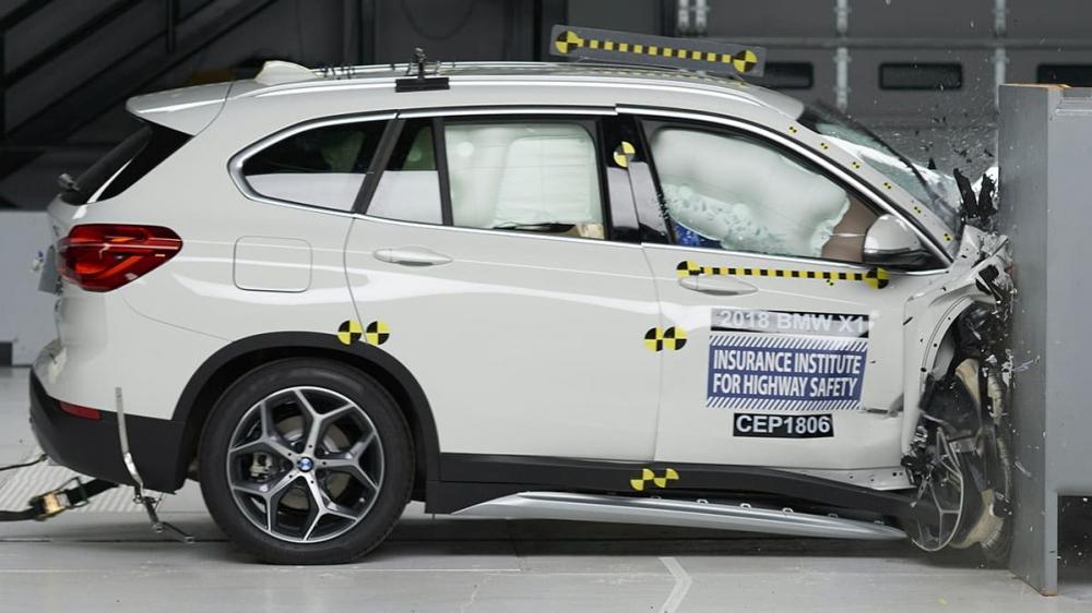 BMW X1在本次測試拿到「Good」,代表副駕駛乘客基本上不會有太大傷害,車體結構達到「Acceptable」標準