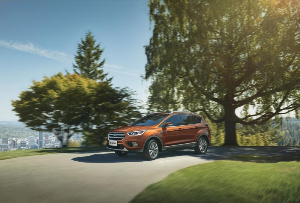 暢銷房車Ford Focus超低頭款一萬元輕鬆開回家 八月入主Ford多款車系享最高12萬元優惠