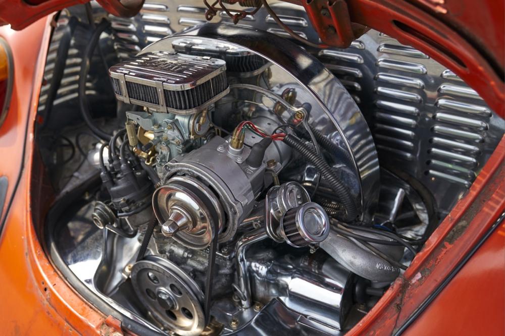 Volkswagen Beetle 氣冷式引擎全面整理,使用大量電鍍和不鏽鋼非常亮眼
