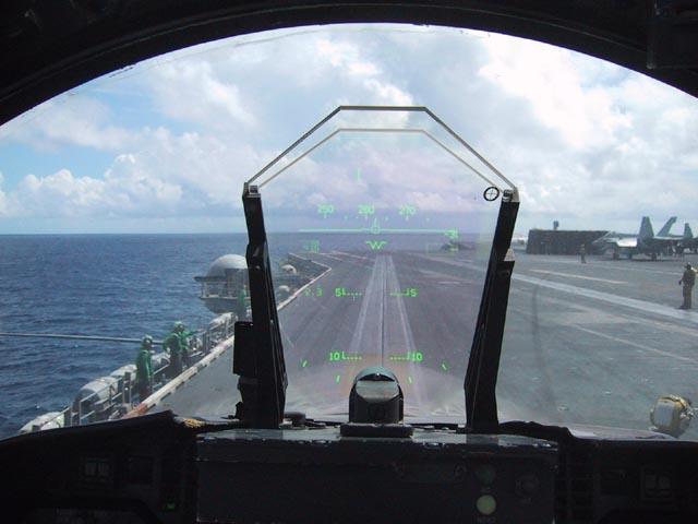 讓你專心路況不再低頭瞄儀表板,車用HUD抬頭顯示器