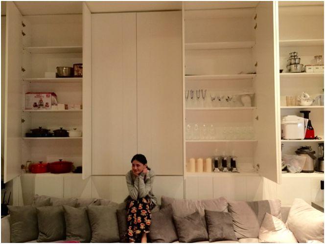 婆婆好專業,隱藏式收納櫃讓家更時尚。