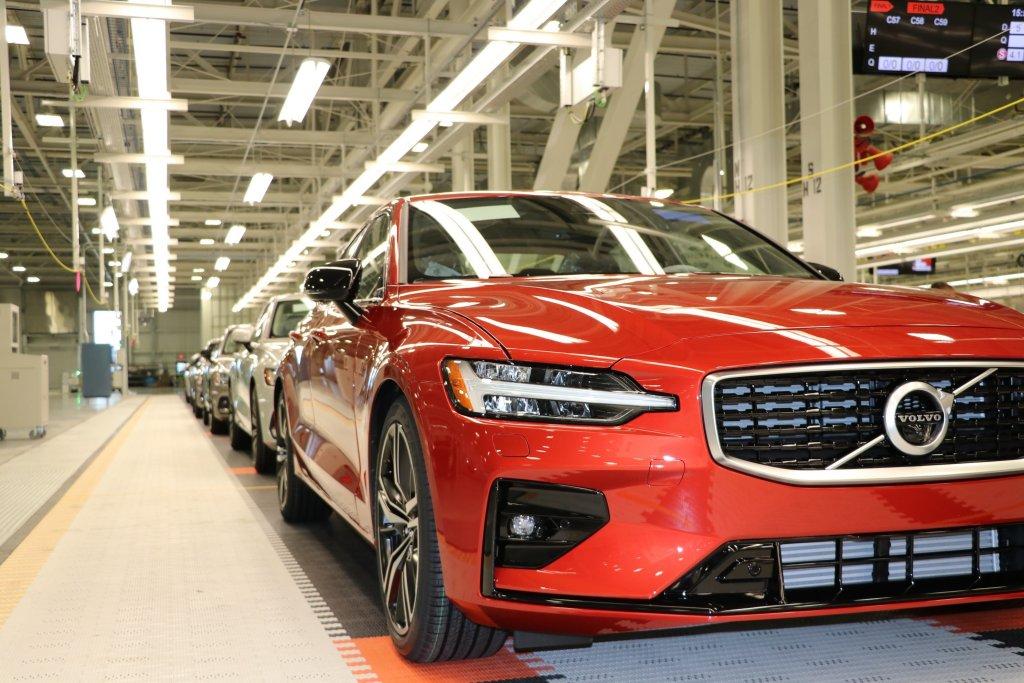 正式復工!VOLVO美國工廠開始生產S60