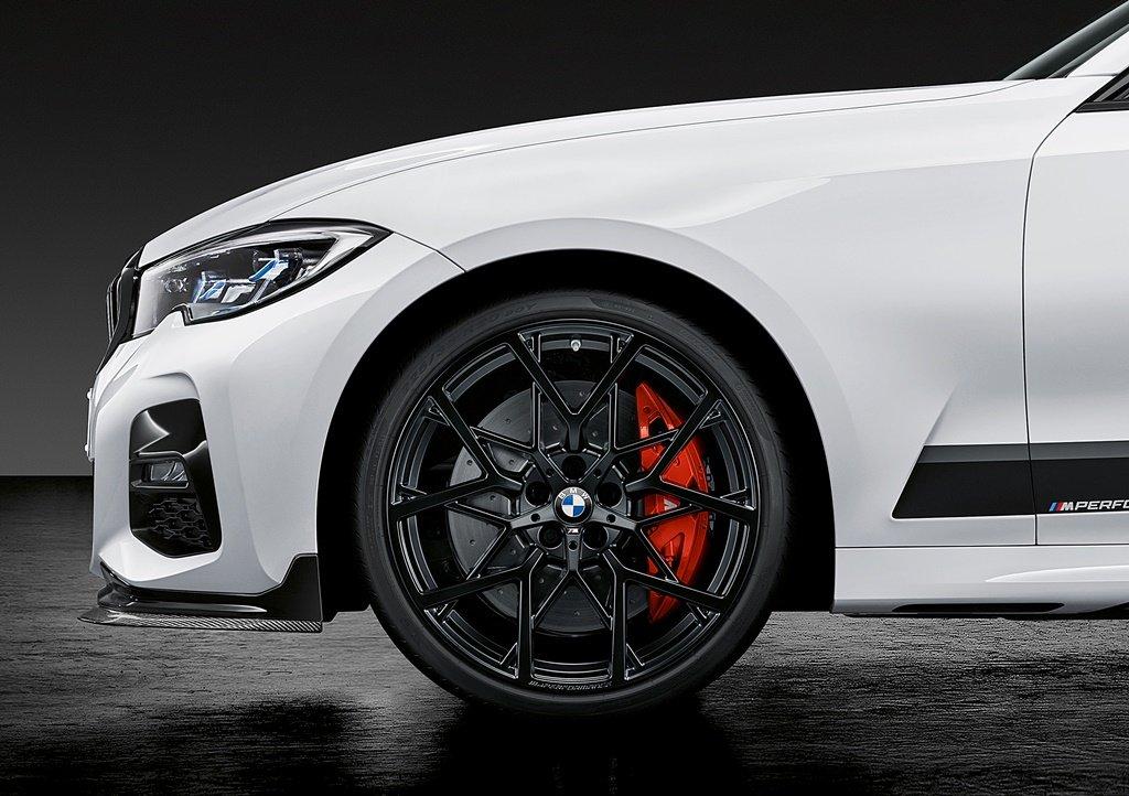 感官衝擊與更優異的操控,BMW推出3系列 M Performance套件