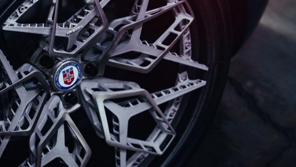 自己設計更環保?全球首創3D列印鈦合金鋁圈HRE3D+