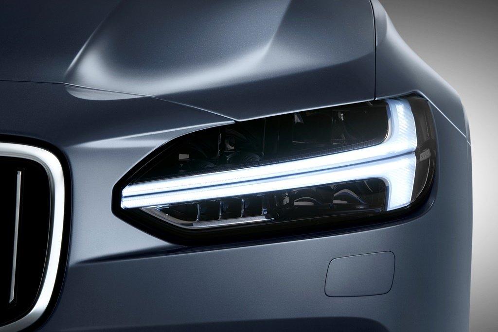 VOLVO即將推出電動超跑,專利申請案透露玄機