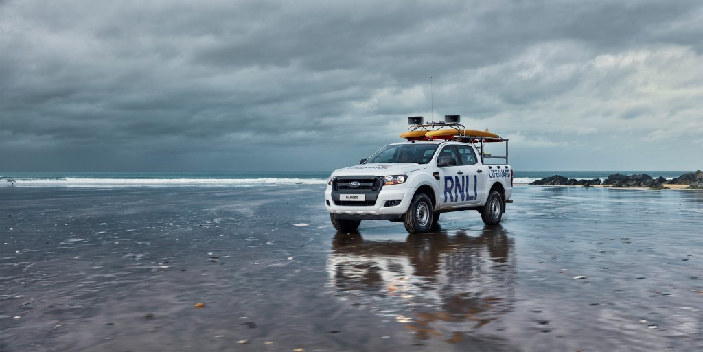 FORD與英國皇家全國救生艇協會達成三年換車協議,超過100輛是For