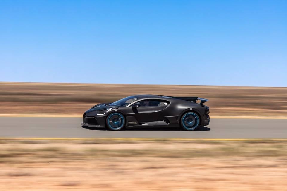 將會有新車?BUGATTI公佈Divo在40度高溫測試照片