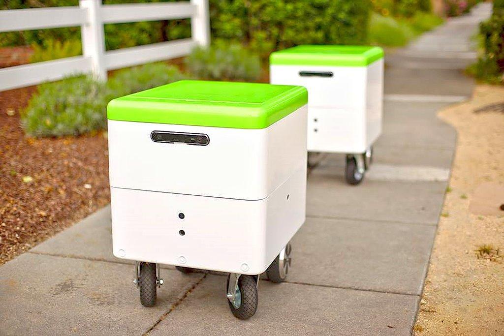百事可樂在美國大學校園內提供自駕送貨機器人提供食品配送服務!
