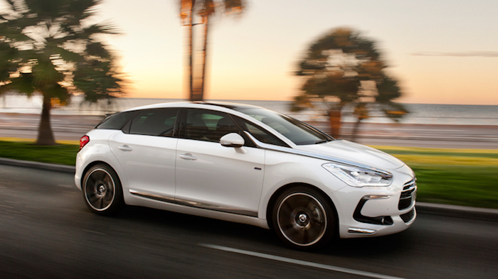 2016 年 3 月底前入主 CITROËN 全車系指定車款 即享60期高額0利率