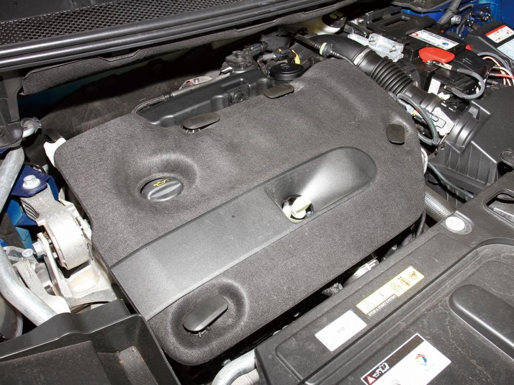 此具2.0升渦輪增壓柴油引擎,可輸出180hp/39.2kgm。