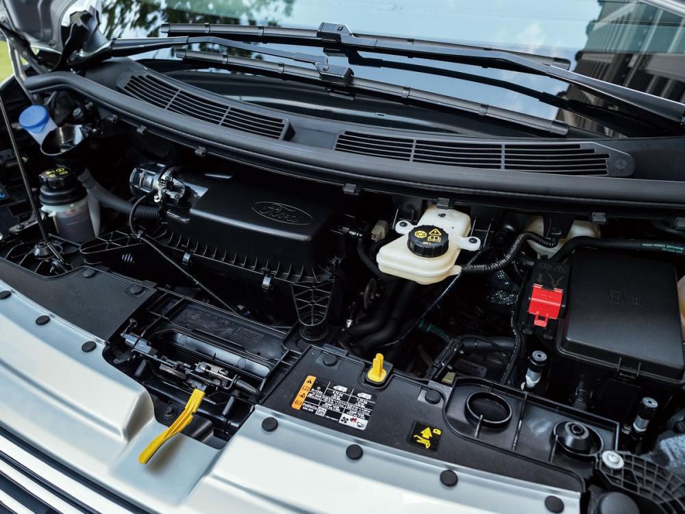採用全新的2.0升EcoBlue柴油引擎,可提供170hp/41.3kgm及130hp/39.3kgm兩種動力規格。