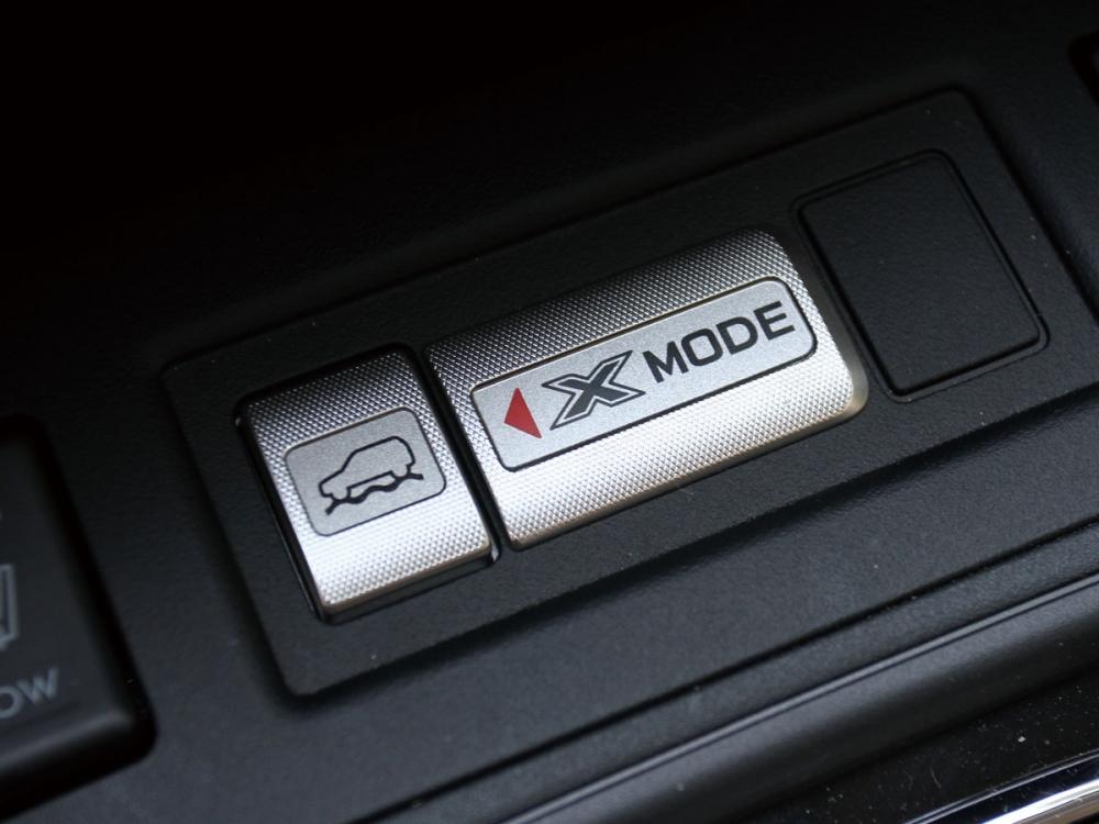 強悍的X-Mode模式,讓駕駛能克服各種地形路況。