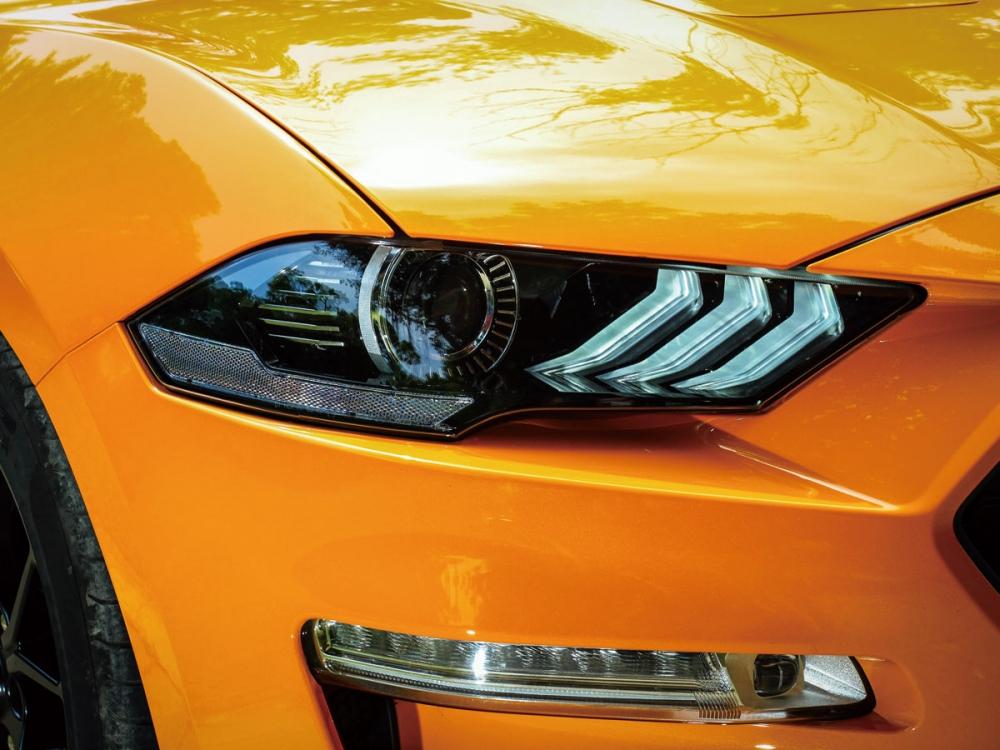 換上全新造型的頭燈後,讓車頭更具跑格辨識度。