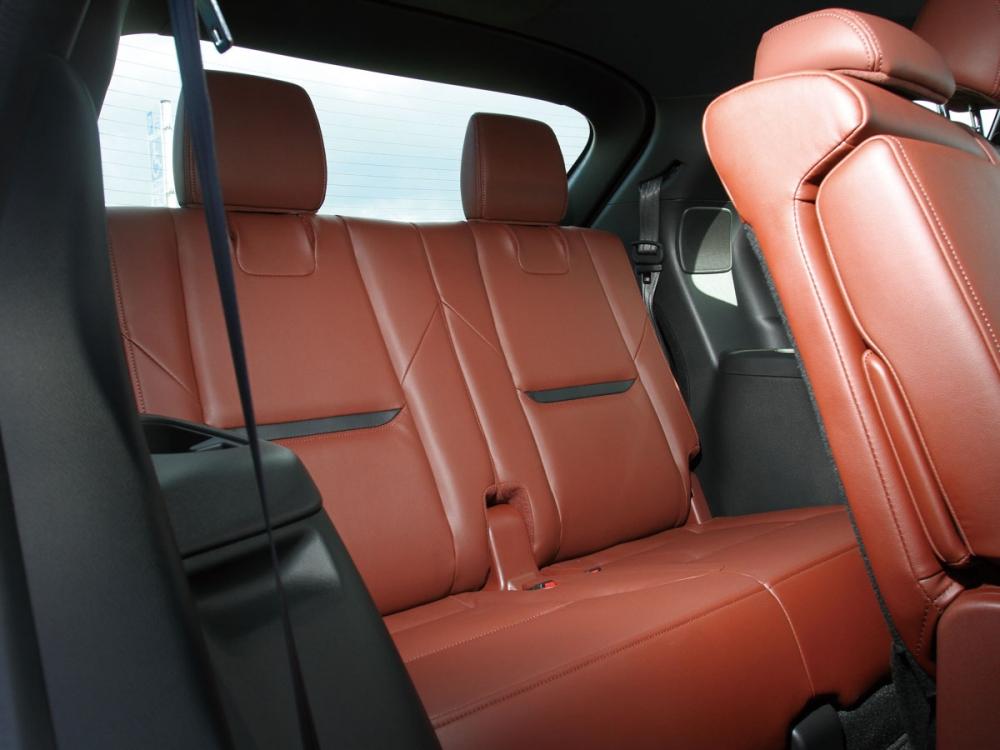 屬於5+2設計的第三排座位較適合孩童乘座。