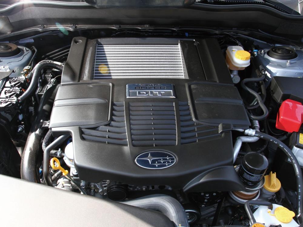 2.0升水平對臥渦輪增壓引擎可提供240hp/35.7kgm的動力輸出。