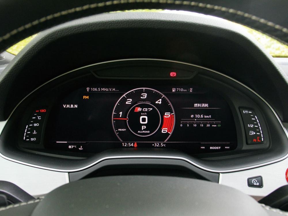 儀表使用Audi家族廣泛搭載的12.3吋全數位虛擬座艙。