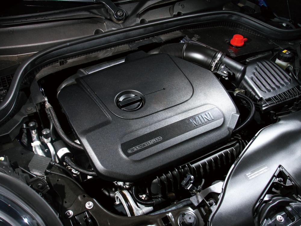 這具1.5升直列三缸引擎,不論在動力的輸出或運轉的細緻度都著實讓人驚豔。