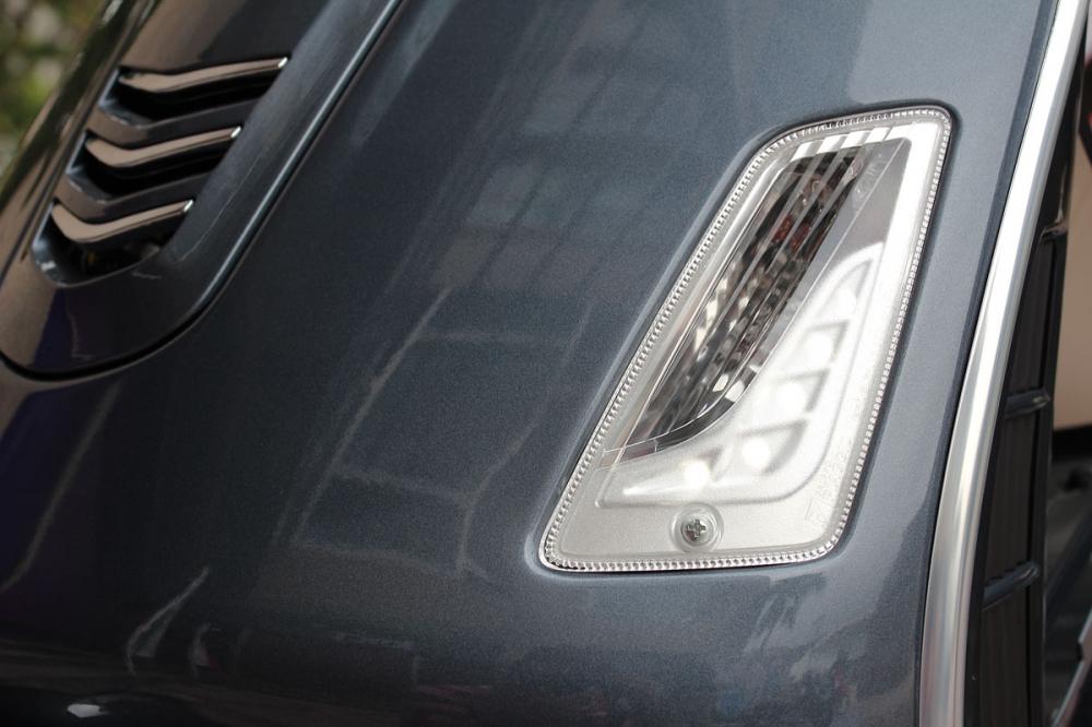 外觀新增的LED日間行車位置燈,讓行車安全更無虞。
