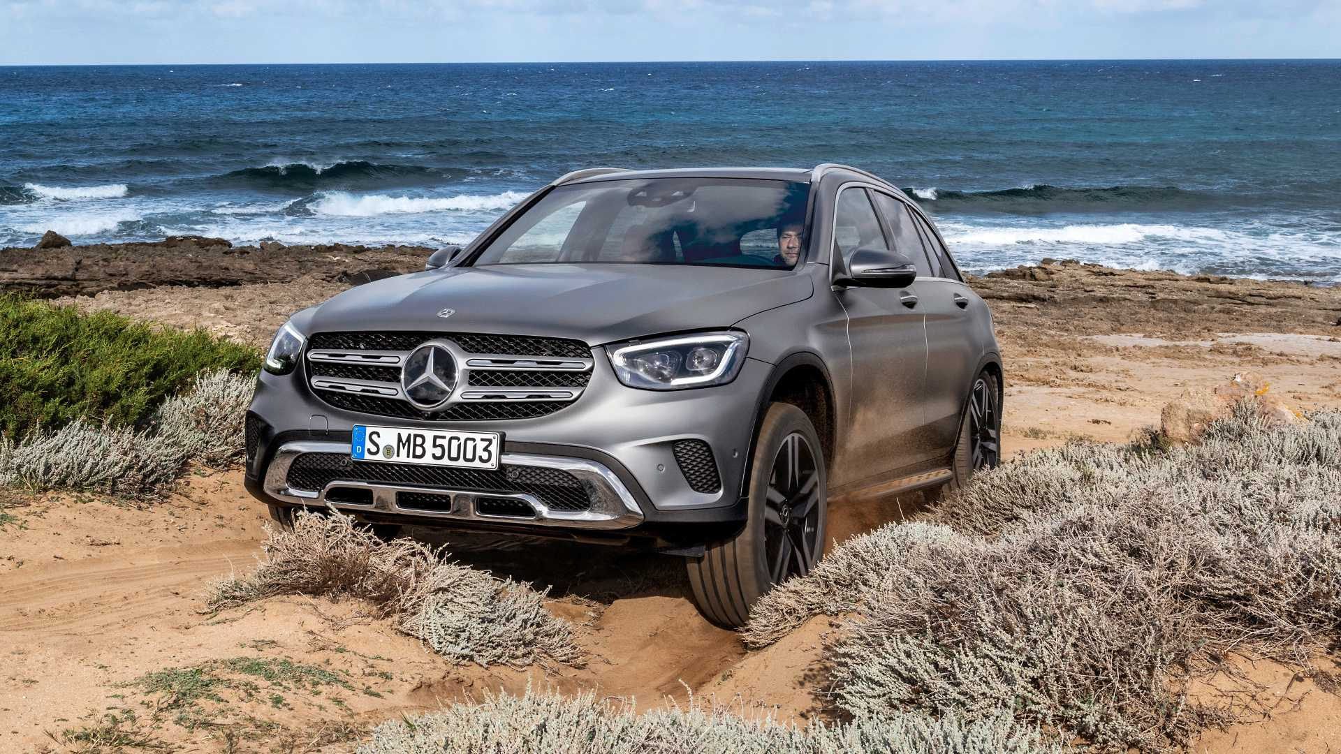 mercedes-benz-glc-2019 (3).jpg