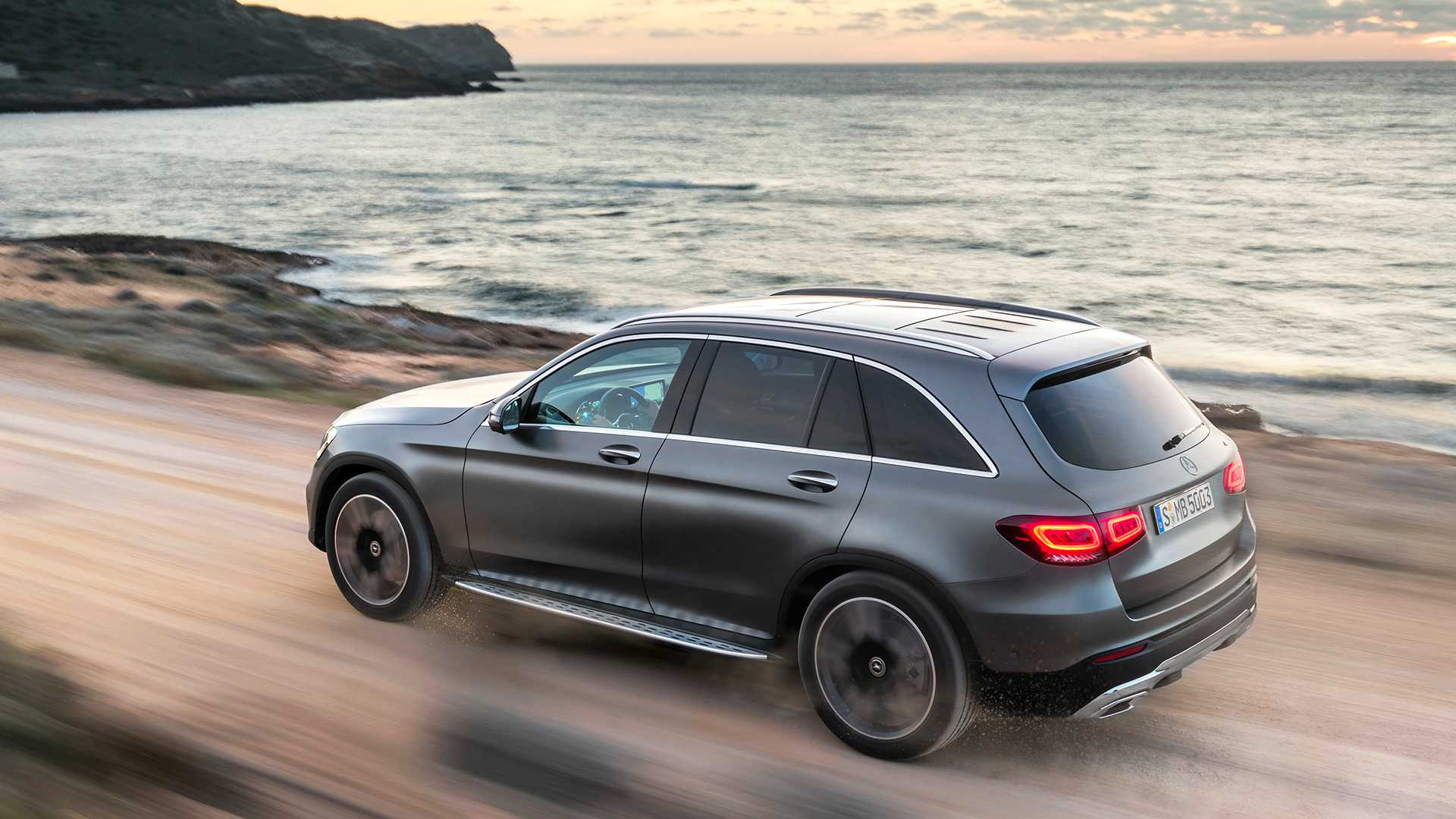 mercedes-benz-glc-2019 (10).jpg