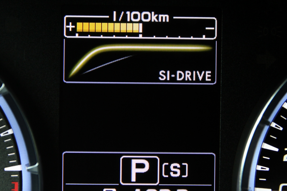 當切換到S模式時,油門反應與加速力道會更為明顯