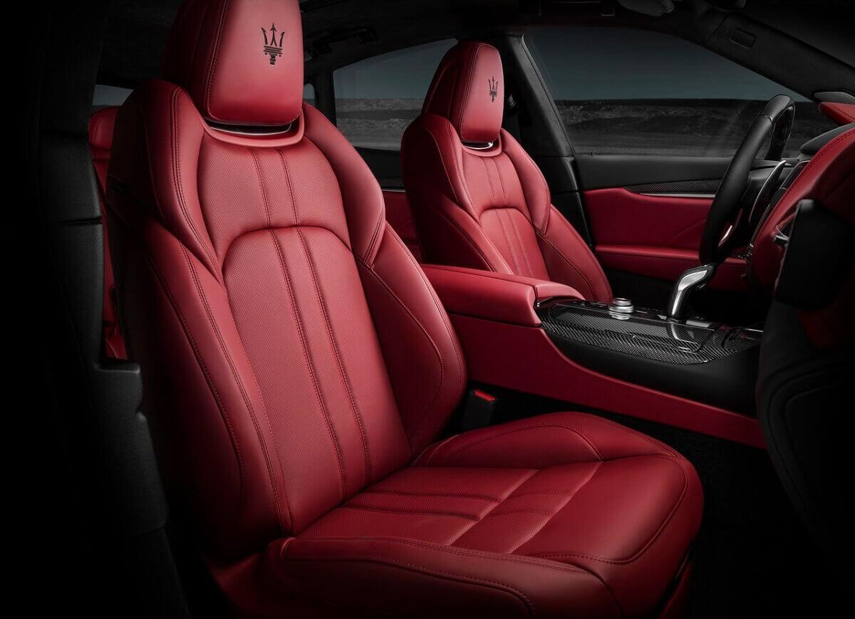 Maserati-Levante_GTS-2019-1280-04.jpg