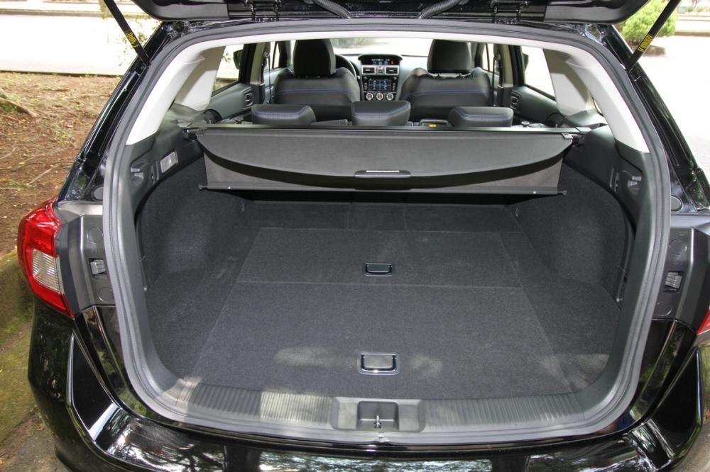 Levorg在標準5人座狀態下,後廂容積為522L
