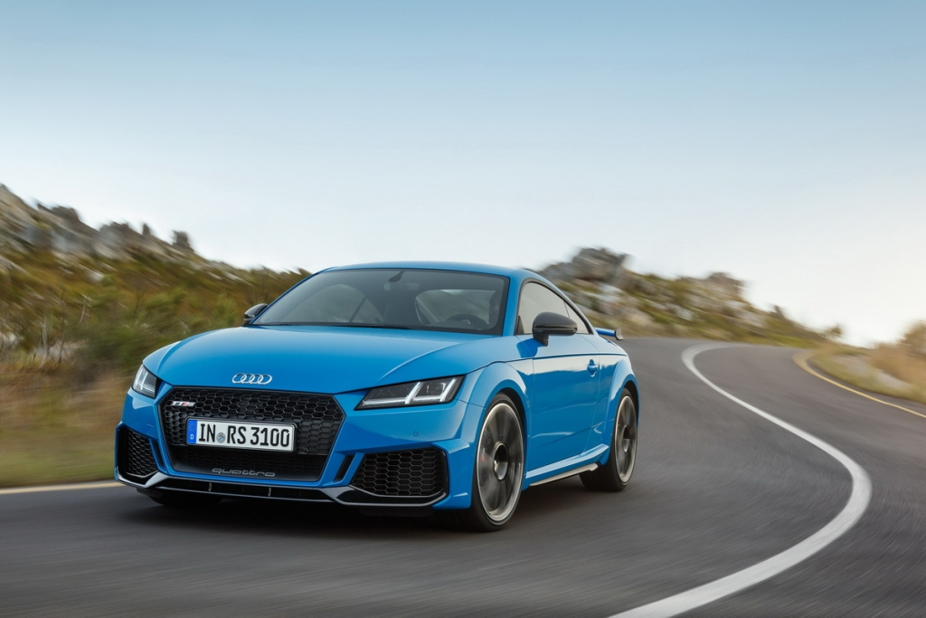audi-tt-rs-coupe-roadster