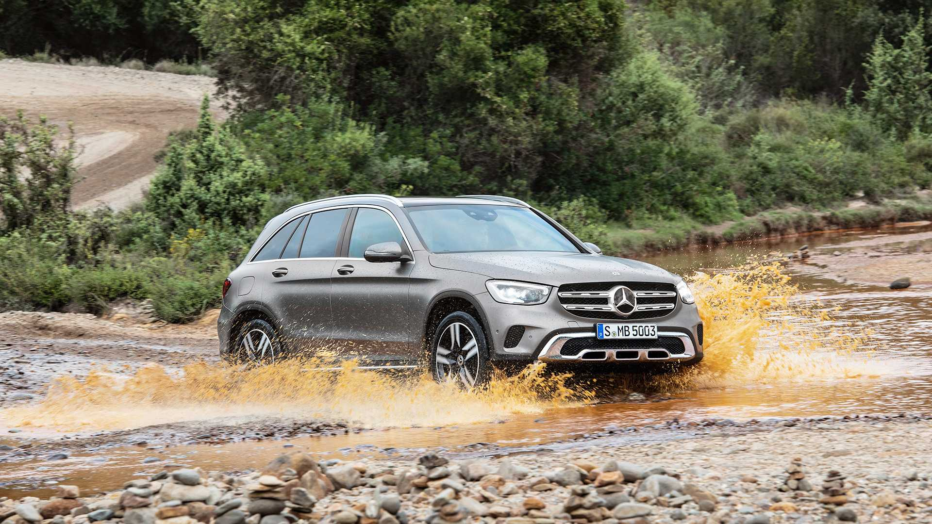 mercedes-benz-glc-2019 (5).jpg