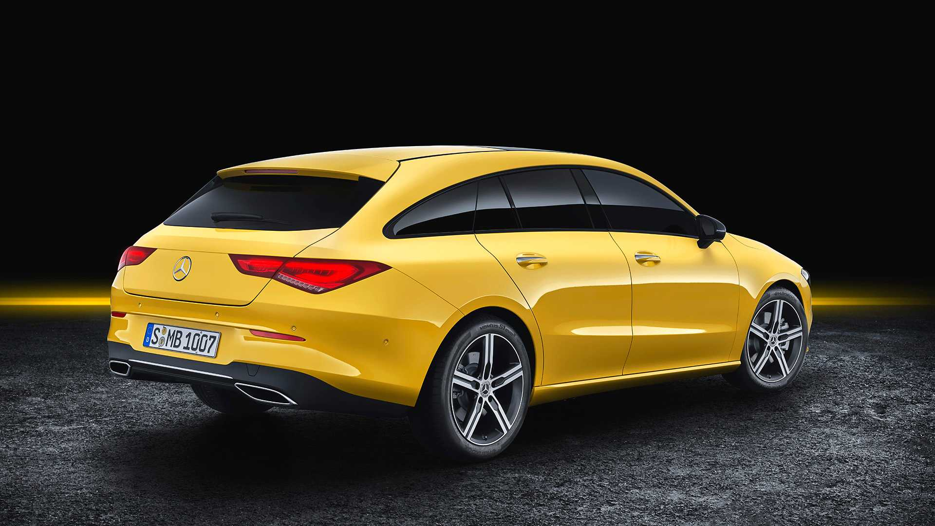 mercedes-cla-shooting-brake-2019 (4).jpg