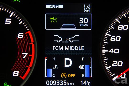 全車系標配的FCM主動式智慧煞車輔助系統,加上行人偵測功能,輔助駕駛將意外發生的機率大幅降低。