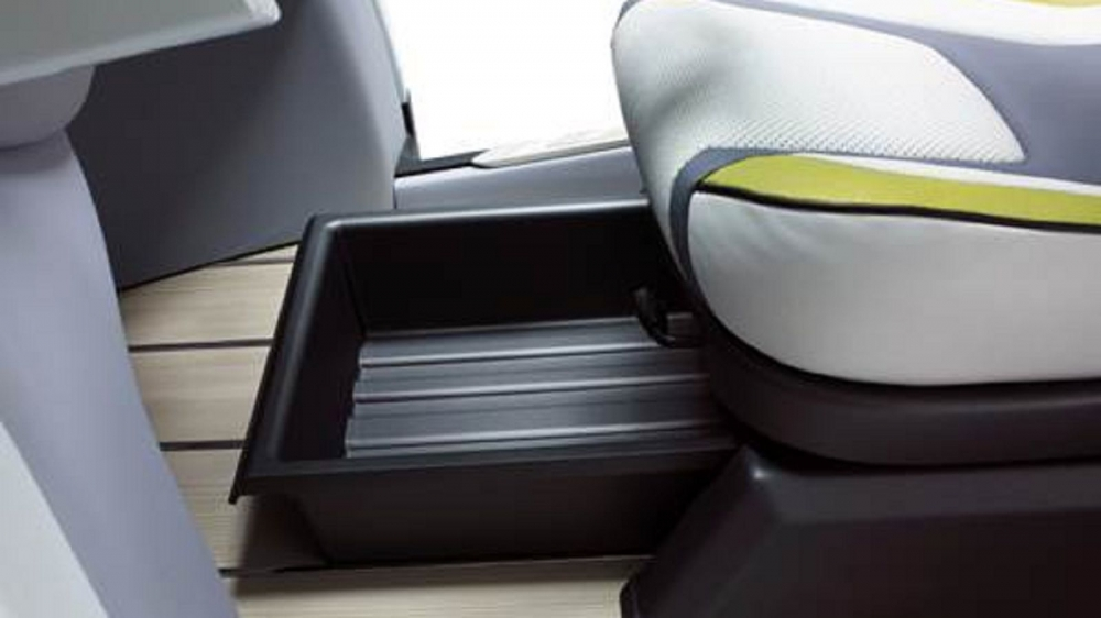 ex4U坐墊下方設計成置物空間,增加個人化收納空間,相當有巧思創意!