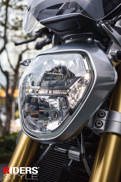 鑽石造型頭燈,設計感十足。